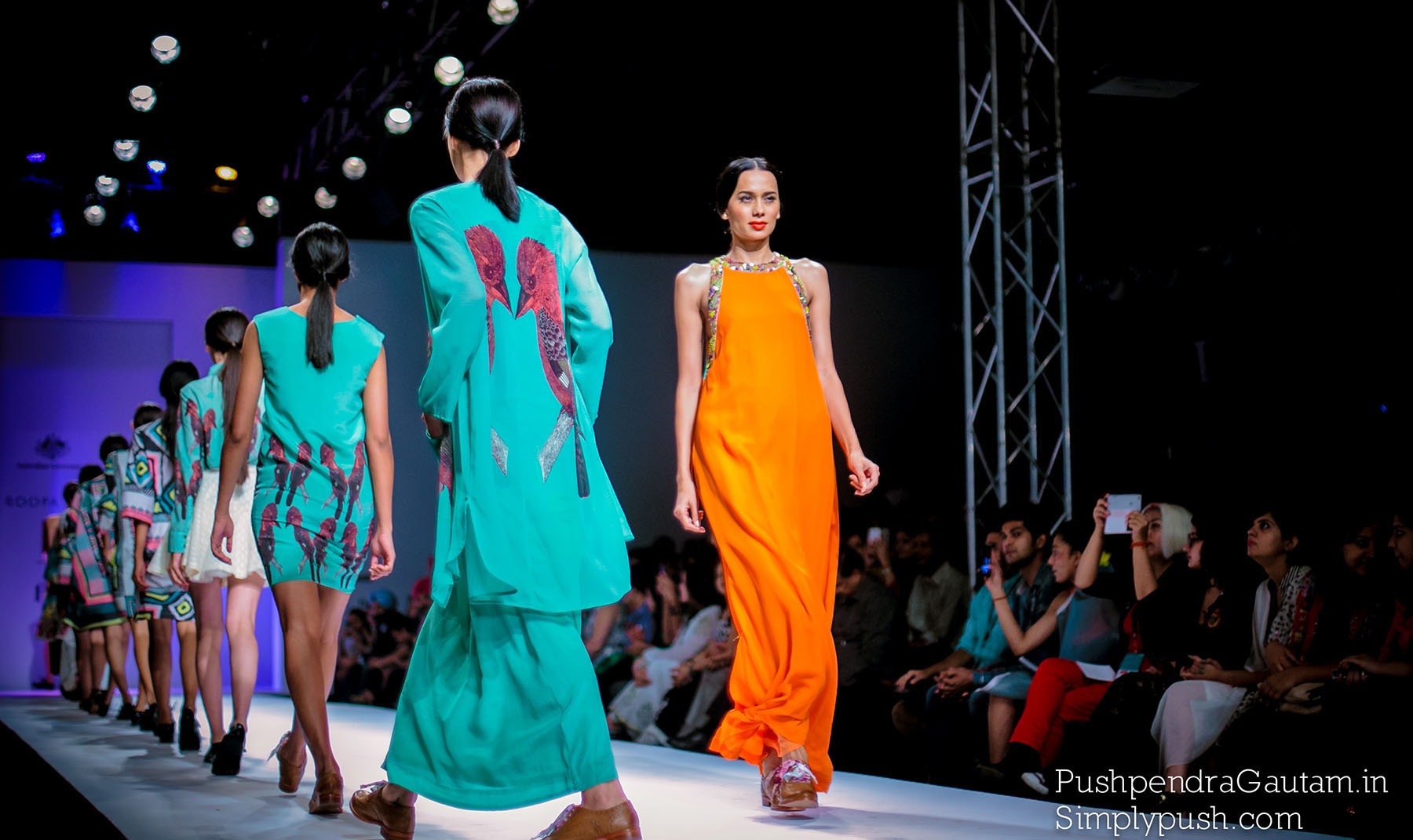 Wills Lifestyle India Fashion Week Day5 Roopa Pemmaraju 39 S Show Wifwss15 Roopa Pemmaraju