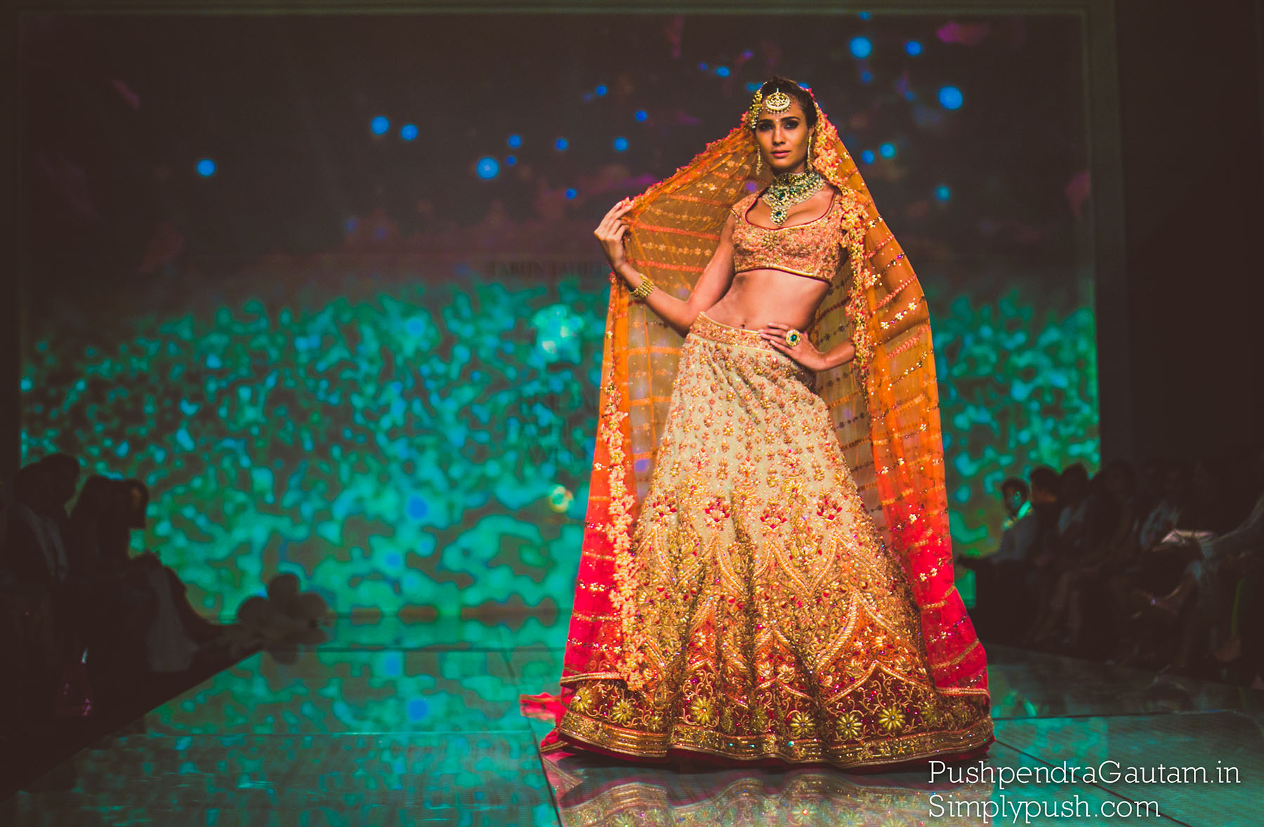 Tarun-tahiliani-collection-pics-bridal-fashion-week-delhi-by-india-best-event-travel-lifestyle-photographer-pushpendra-gautam