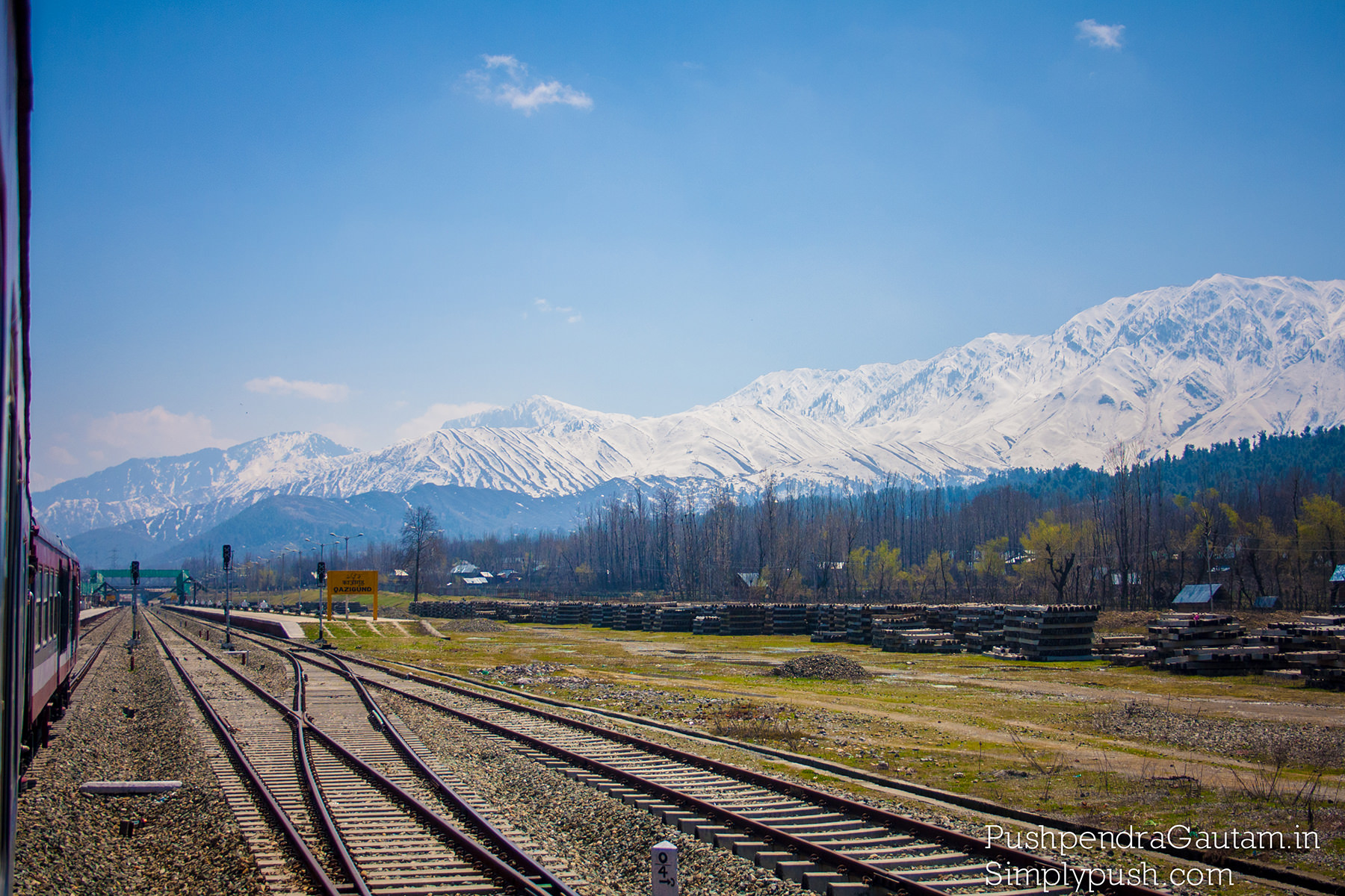 Srinagr-Banihal-railway-route-via-pir-panjal-railway-tunnel-jammu-kashmir-longest-railway-tunne-india